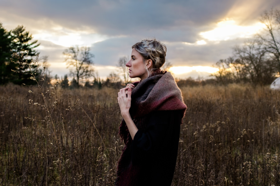 pretty-model-in-field-scarf-sunset-nj-wedding-photographer-ashley-jensen-duke-farms-greenhouse