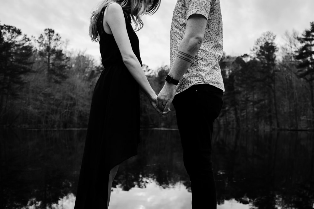 beautiful-adventure-couple-holding-hands-dock-lake-outdoor-photo-shoot-sarah-tyler-hander-sope-creek-atlanta-georgia-photographer