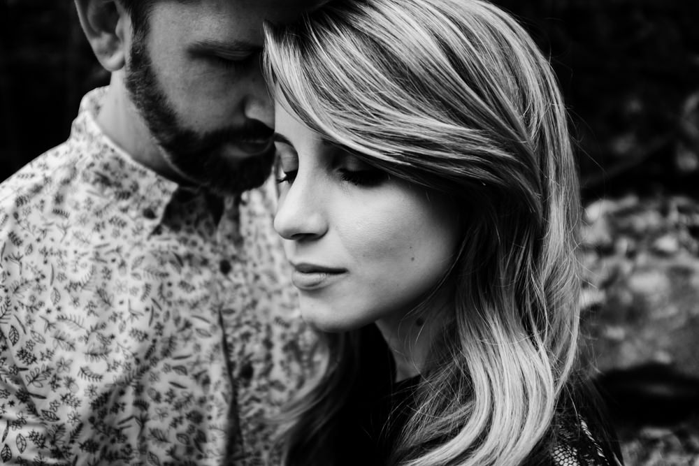 beautiful-couple-moody-portrait-faces-photo-shoot-sarah-tyler-hander-sope-creek-atlanta-georgia-photographer