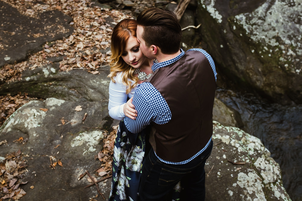 hike-rock-charlotte-russe-banana-republic-american-eagle-outdoor-couples-photo-shoot-cloudland-canyon-cody-bre-stephens-atlanta-georgia-photographer