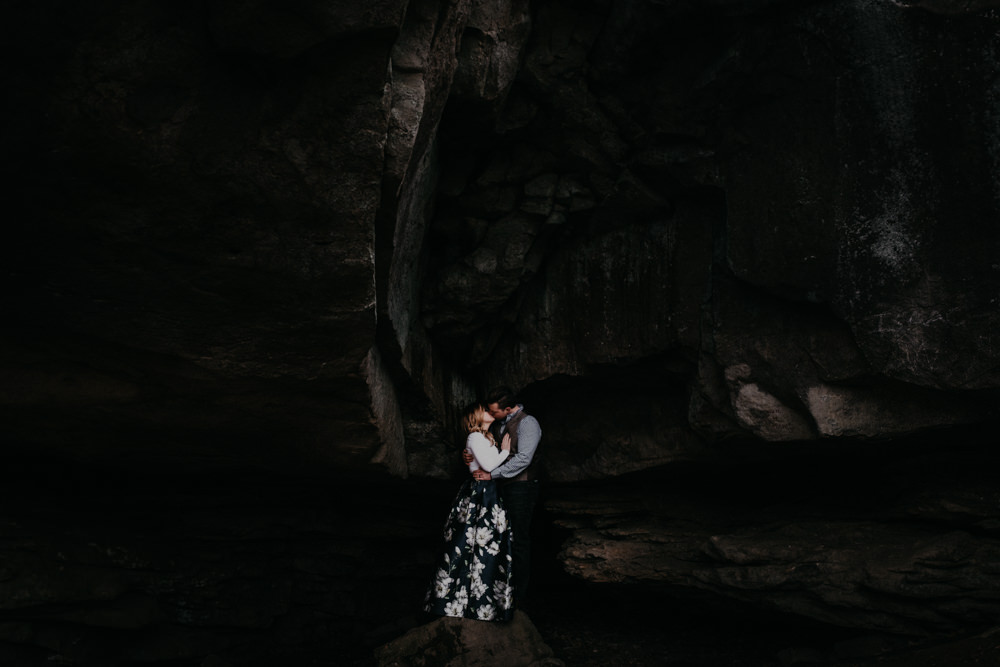 kiss-rock-cave-moody-dark-awesome-charlotte-russe-banana-republic-american-eagle-outdoor-couples-photo-shoot-cloudland-canyon-cody-bre-stephens-atlanta-georgia-photographer
