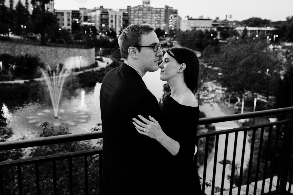 beautiful-portrait-night-skyline-classy-black-white-couple-models-maggie-wolicki-lang-burghardt-engagement-photos-atlanta-wedding-old-fourth-ward-park