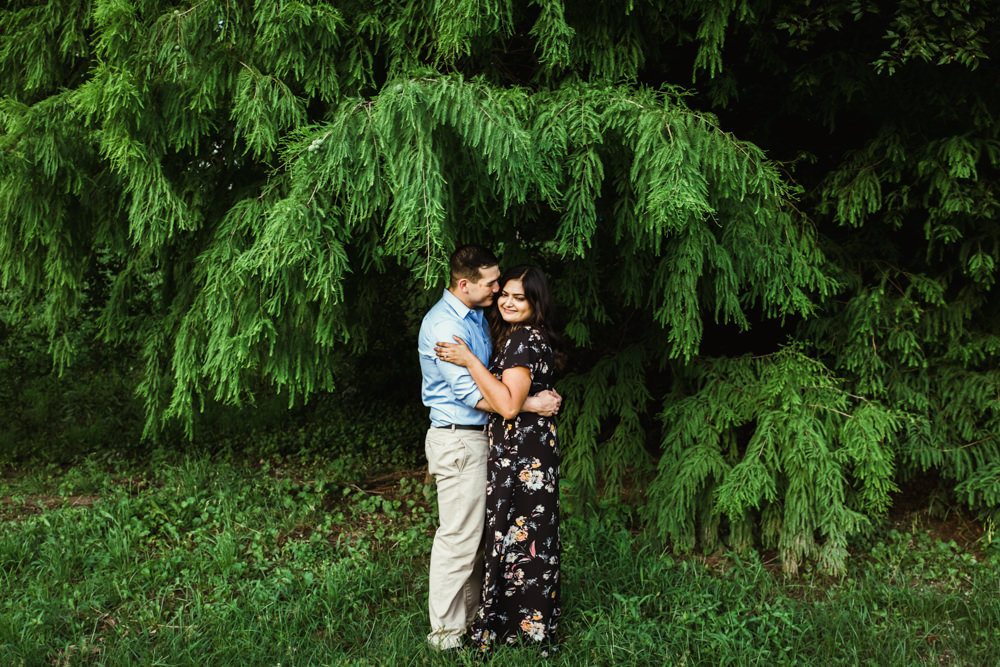 nisha-gajjar-charlie-chuck-beard-beltline-piedmont-park-atlanta-wedding-photographer-cuddle-under-tree