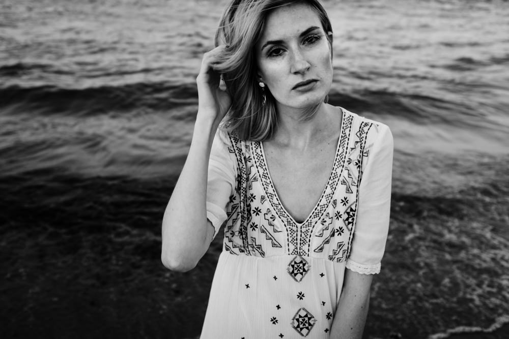gorgeous-girl-black-white-ocean-beach-ashley-jensen-nj-wedding-photographer-asbury-park-ocean-grove